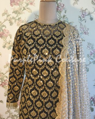 Black Punjabi Suit Off White Dupatta